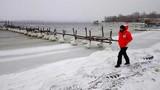 Chùm ảnh châu Âu chìm trong băng tuyết