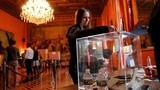 Những hình ảnh đầu tiên trong cuộc bầu cử tổng thống Pháp