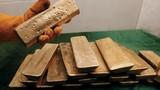 Nhật thu giữ 100 kg vàng thỏi buôn lậu ở sân bay