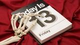 Giải mã tử vi thứ 6 ngày 13 đen tối