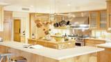 4 đại kỵ phong thủy phòng bếp khiến gia chủ mãi nghèo kiết xác