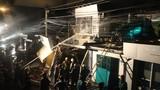 Trạm xăng dầu bốc cháy dữ dội ở TP HCM
