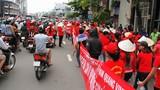 Hàng nghìn tiểu thương chợ An Đông tràn ra đường bãi thị