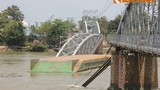 Lo ngại hàng loạt vụ sà lan tông sập, nứt cầu gần đây