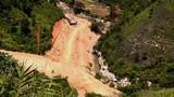 Sạt lở đất ở Lào Cai, 2 công nhân ngủ trong lán tử vong