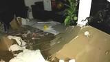 Chung cư Usilk City: Hoảng hốt cả mảng trần đổ sập xuống nền nhà