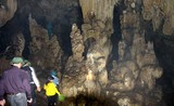 Khám phá hang động tuyệt đẹp nơi cực Bắc Lai Châu