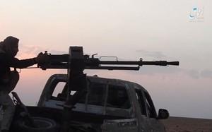Ảnh: Phiến quân IS đánh chiếm thành phố chiến lược Albu Kamal