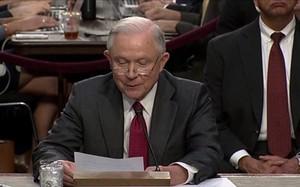 Bộ trưởng Tư pháp Mỹ bác bỏ cáo buộc thông đồng với Nga