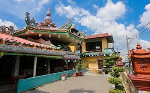 Ngôi chùa độc đáo ở Sài Gòn làm bằng 30 tấn mảnh sành