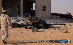 IS phục kích, bắn cháy siêu tăng T-90 của quân đội Syria