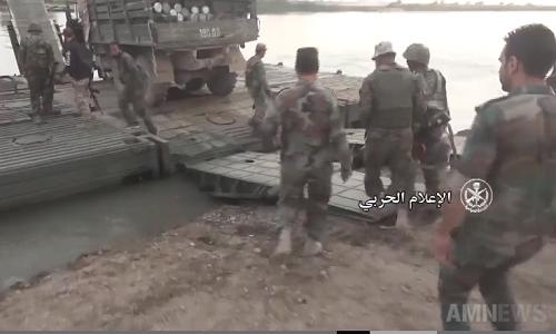 Video: Quan doi Syria vuot song Euphrates phia dong bac Deir Ezzor