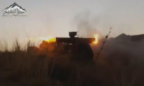Video: Xe tang Syria no tung sau khi trung ten lua