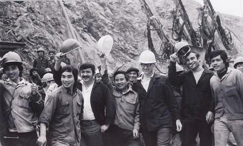 Nhin lai chang duong phat trien quan he Viet Nam – Lien bang Nga