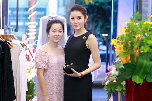 """Su that bat ngo dang sau """"be do khung"""" cua A hau Huyen My-Hinh-2"""