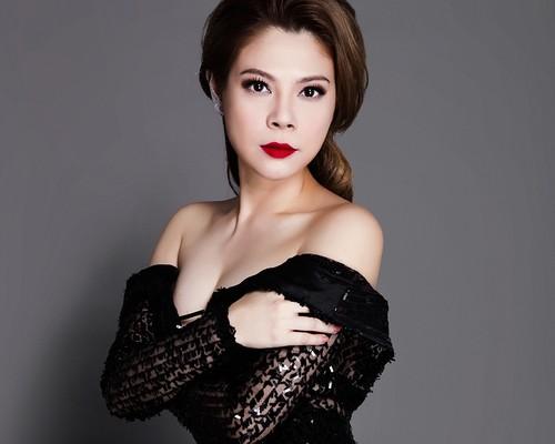 """Lo dien nguoi dan ong """"dac biet"""" trong doi Thanh Thao"""