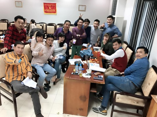 """Nghe si Chi Trung """"che"""" tho ty phu Hoang Kieu cuc """"chat""""-Hinh-3"""
