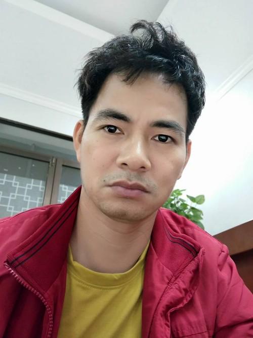 "Xuan Bac than tho mat ""tinh yeu"" khien dan mang nao dong"