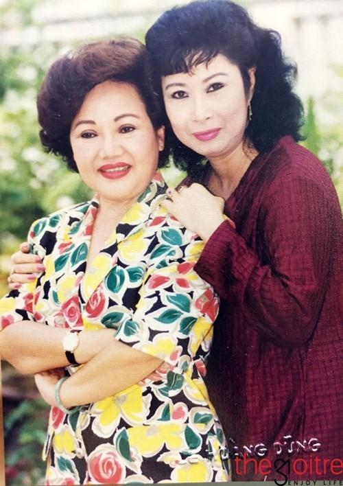 Dam nuoc mat nghe ke chuyen doi NSUT Kim Phuong-Hinh-2
