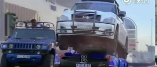 Thanh Long run ray khi pha hong sieu xe cua hoang tu Dubai
