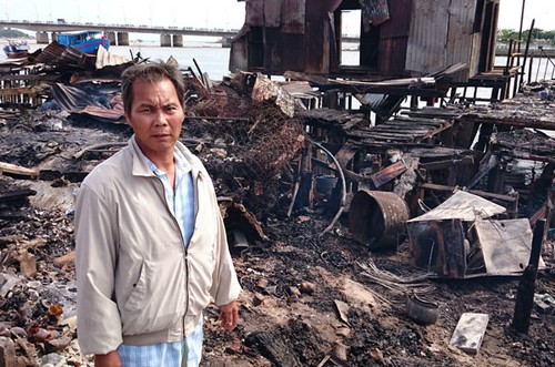 """Chay o Nha Trang: """"Tet den roi, biet xoay xo sao day?"""""""