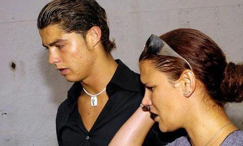 He lo chuyen Ronaldo tung ngoi tu vi toi… cuong hiep