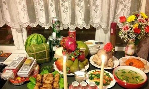 Nhung kieng ky cam pham phai trong bua com cung Tat nien