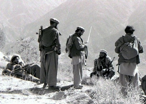 Tran tu thu vi dai cua 39 linh du truoc phien quan Afghanistan-Hinh-4