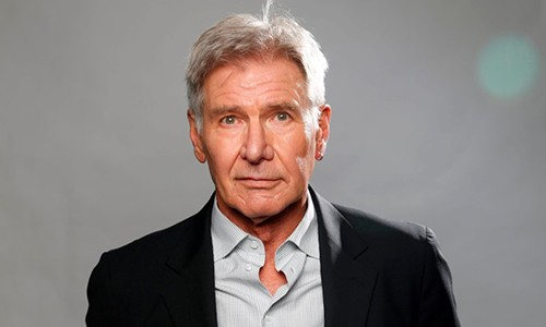 Harrison Ford lai may bay dam vao Boeing cho 116 nguoi