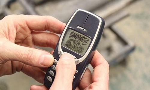 "Nokia sap trinh lang 3 mau dien thoai ""than thanh"" gia re"