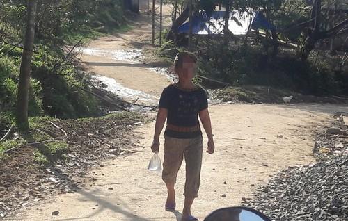 Bi hai chuyen dan ba nghien ruou tren day Ngoc Linh-Hinh-3