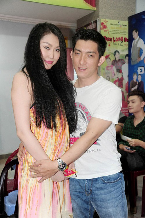 Chong cu kiem tien nhu nuoc, Phi Thanh Van co hoi tiec?-Hinh-4