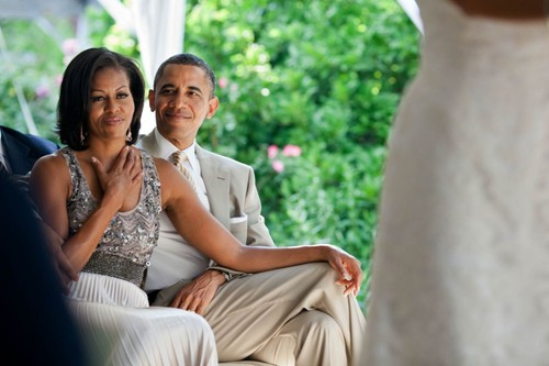 Phat hon tinh cam ong Obama danh cho vo