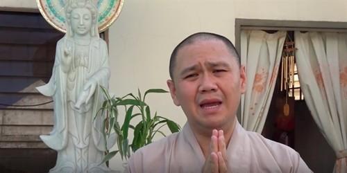 Sau loi xin loi, san khau Sao Minh Beo cang vang khach-Hinh-2