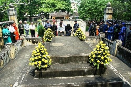 Cuoc tro ve muon mang sau 70 nam luu day cua vua Duy Tan-Hinh-2