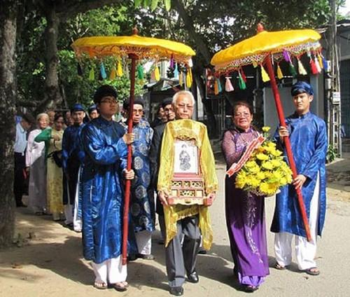 Cuoc tro ve muon mang sau 70 nam luu day cua vua Duy Tan