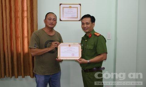 Hiep si Minh Tien bi phoi nhiem HIV khi truy bat ten cuop lieu linh-Hinh-2