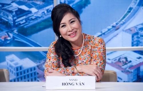 """Ba bau quyen luc"" Hong Van boc goc khuat showbiz Viet-Hinh-2"