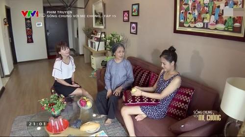 Soc: Nguoi phan xu va Song chung voi me chong o… chung nha-Hinh-3