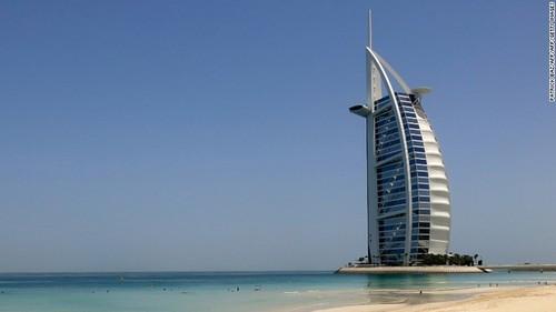Dao nhan tao thu 2 o Dubai: Khong giau vi qua giau