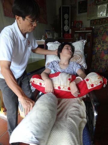 Hoa hau Dang Thu Thao tung song kho khan nhu the nao?-Hinh-3