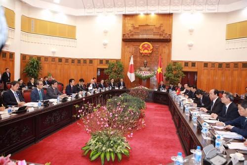 Thu tuong Nguyen Xuan Phuc hoi dam voi Thu tuong Shinzo Abe-Hinh-4