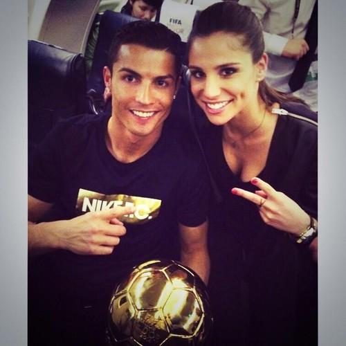 Vu Ronaldo chia tay Irina: Nguoi trong cuoc len tieng-Hinh-3