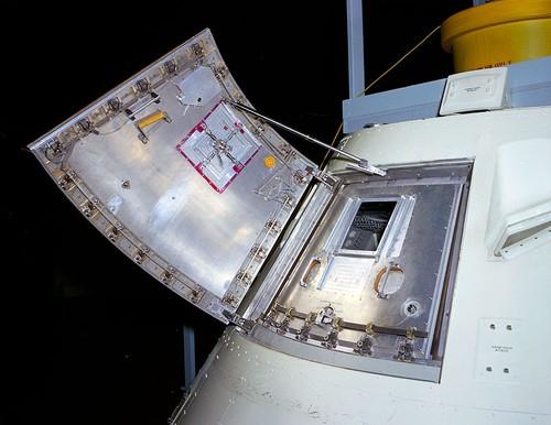 Giai mat tham hoa tau Apollo 1 sau 50 nam bi giau kin