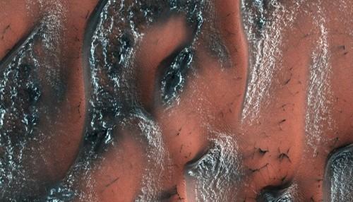 NASA tiet lo canh tuong vi dieu tren sao Hoa