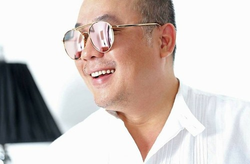 Ong chu Khai Silk bat ngo mo chuoi pho bo 45.000 dong-Hinh-2