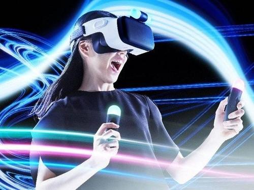 HTC gioi thieu thiet bi deo VR, co tay cam dieu khien