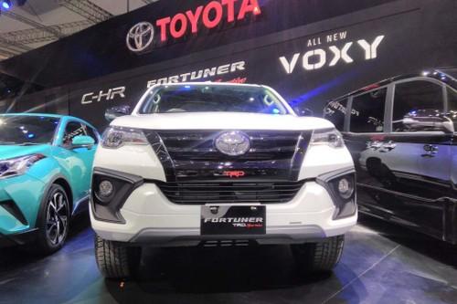 Toyota Fortuner TRD Thai Lan va Indonesia co gi khac biet?