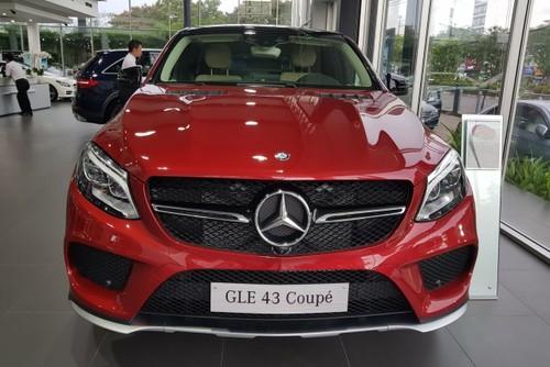 Trieu hoi Mercedes GLE43 AMG dinh loi phan mem-Hinh-2