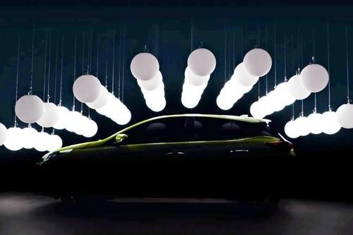 "Toyota Yaris 2018 hatchback ""lo hang"" truoc ngay ra mat"
